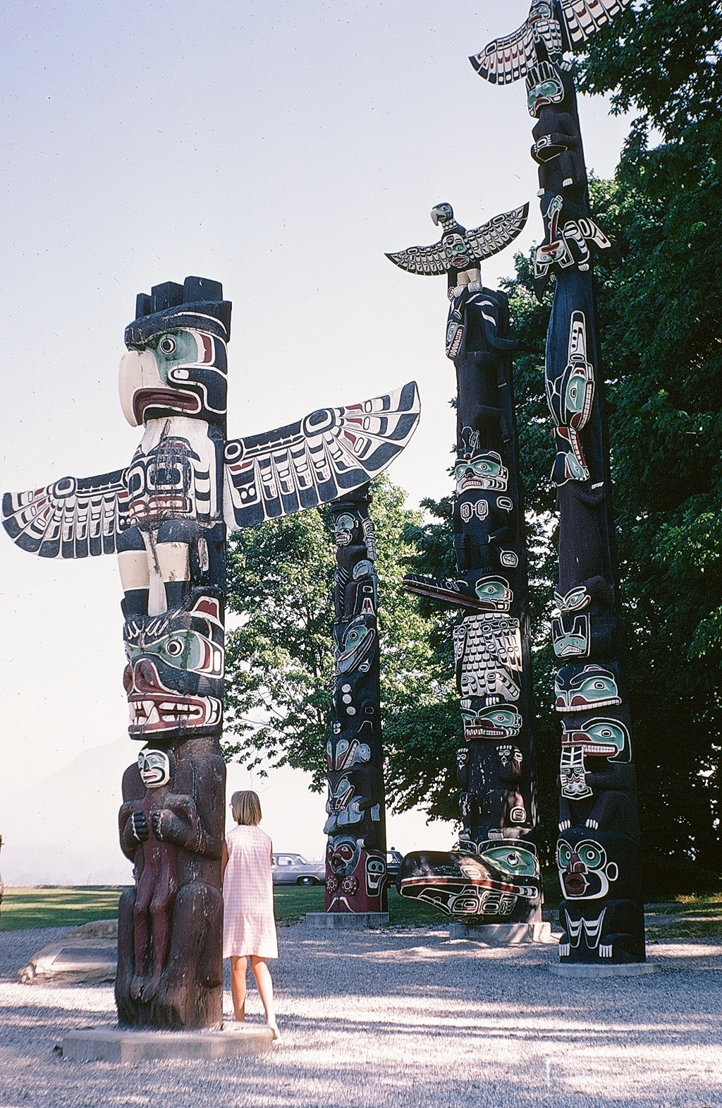 VIC PARK TOTEMS
