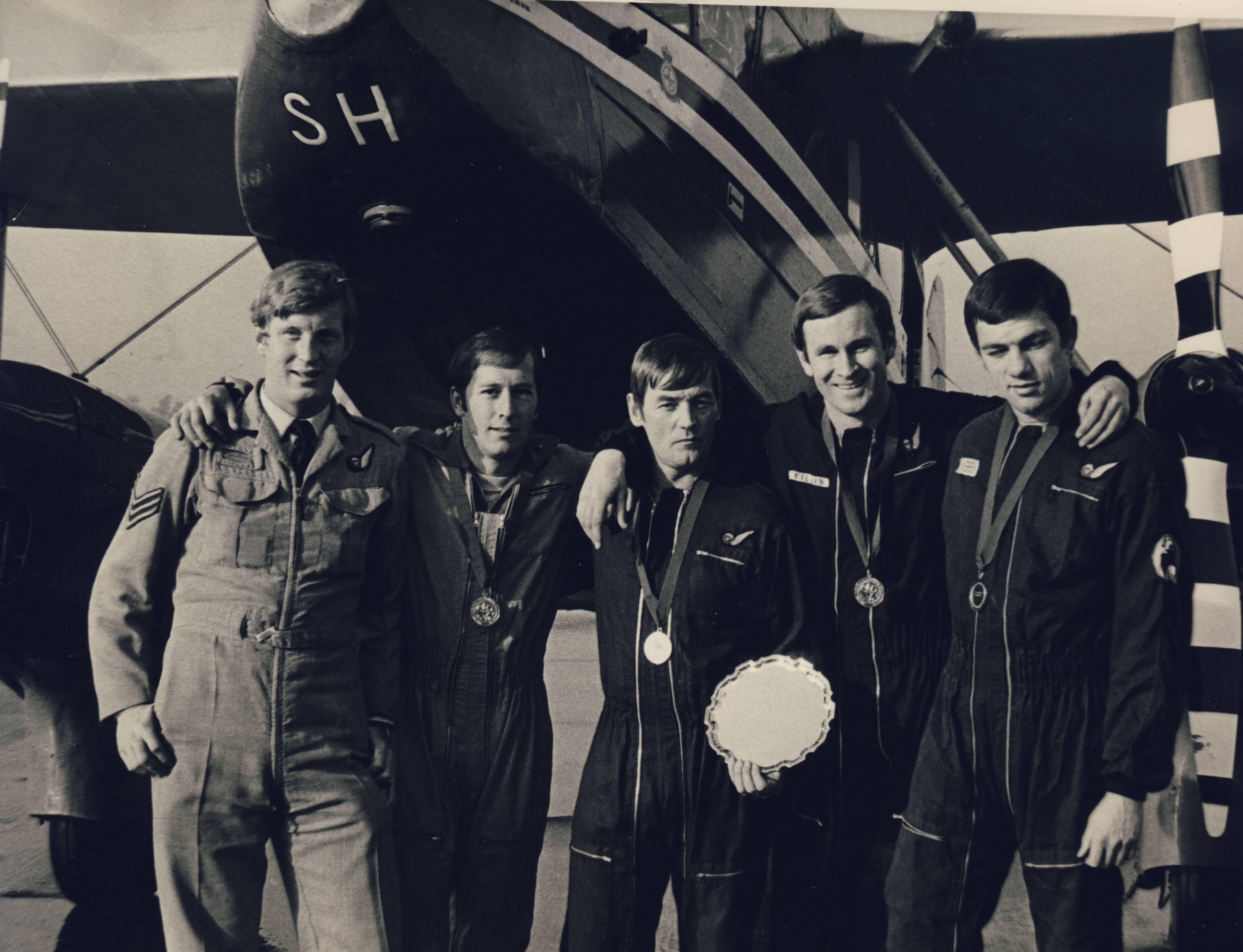 HALPENNY GREEN 4 WAY WINNERS 1975