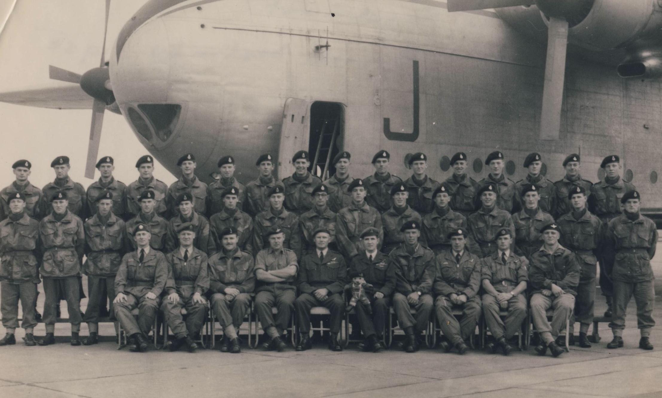 SANDHURST 1958