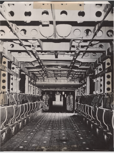 INTERIOR C 82 SS